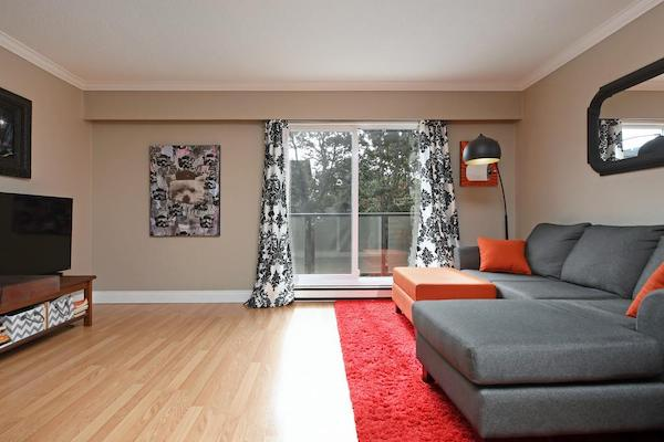 SOLD - $339,000 - 117-991 Cloverdale Ave